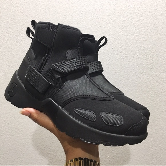 cb12e0b849d809 ... NEW Nike Jordan Trunner XL High Shoes Black Men 8 ...